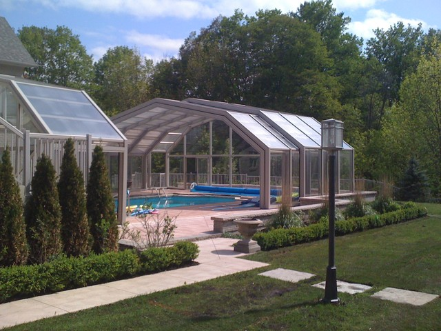 Pool enclosure modern toronto by covers in play for Plexiglass pool enclosure