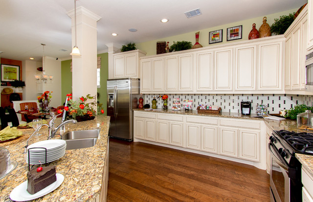 McNeily traditional-kitchen