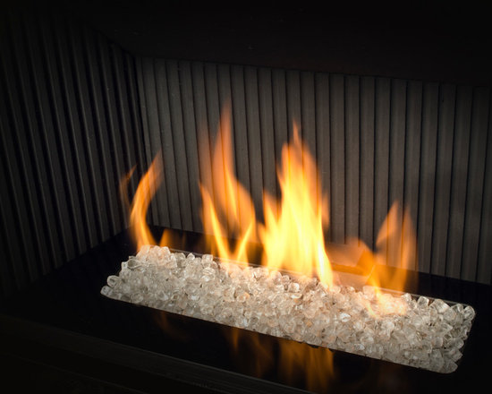 H5 Series Fireplace - 1100I H5 Engine shown with Murano Glass
