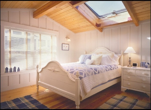 Port Susan Terrace Low Bank Waterfront eclectic bedroom