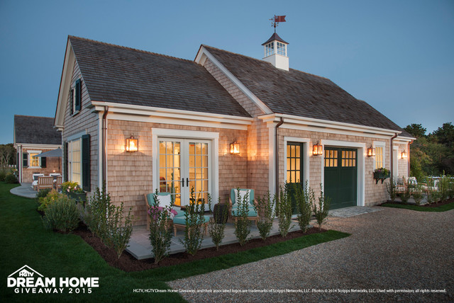 hgtv dream home 2015 traditional garage and shed