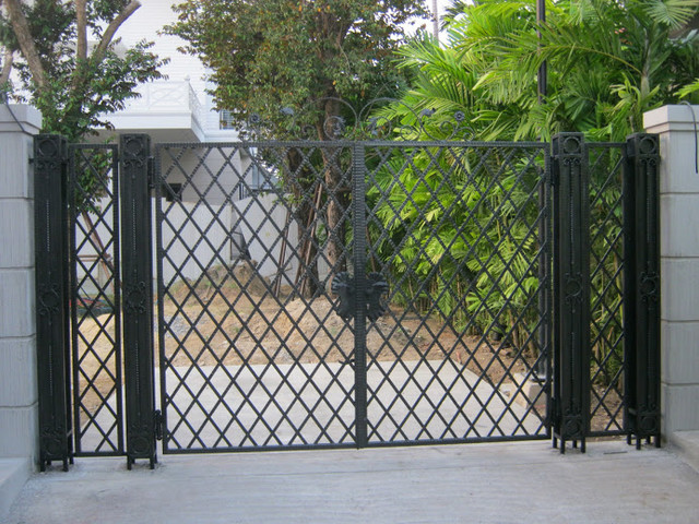 Image Result For Wrought Iron Gate Wall Decor