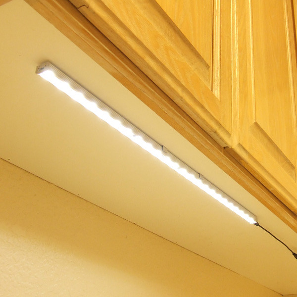 nw24_1.jpg - Traditional - Undercabinet Lighting - by EnvironmentalLights.com