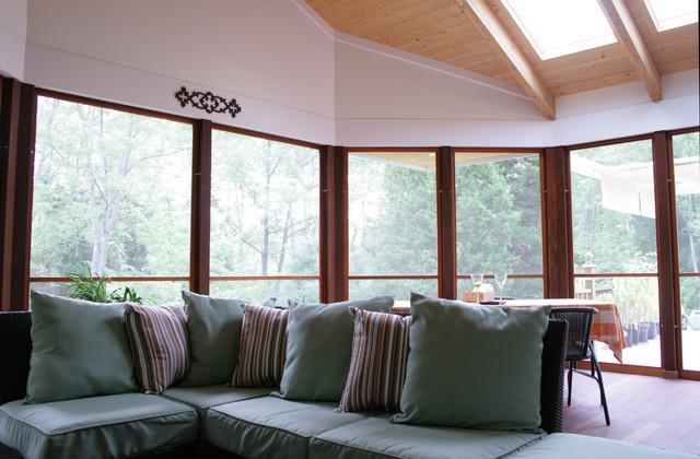 Cozy Screen Porch traditional-porch