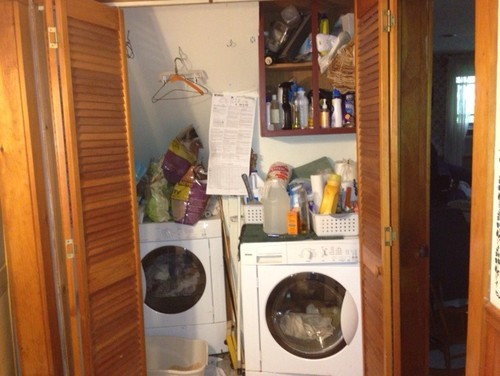 Laundry room and bathroom are in one small room no windows for Small room no windows