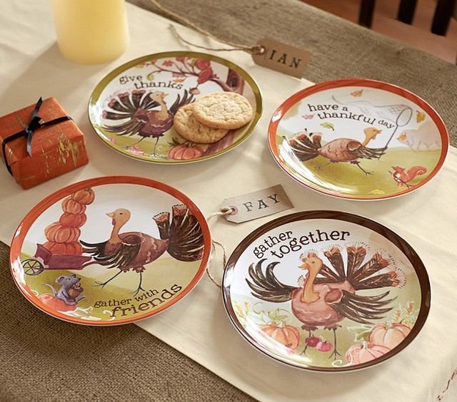 Thanksgiving Ceramic Plate Set - Contemporary - Holiday Dinnerware ...