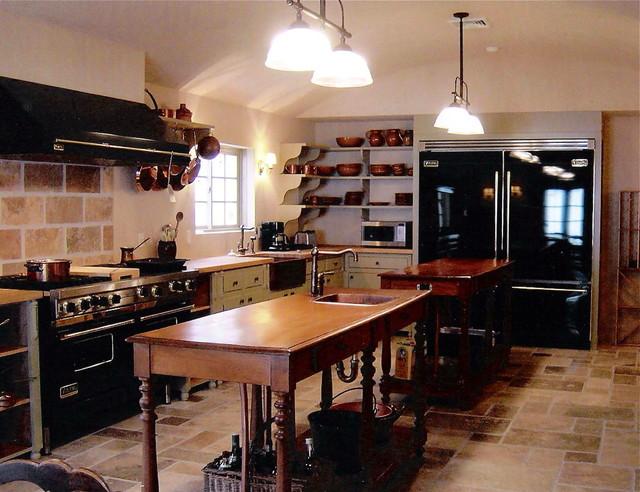 Hampton's Kitchen traditional-kitchen