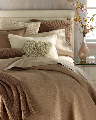 SFERRA Queen Fitted Sheet traditional-fitted-sheets