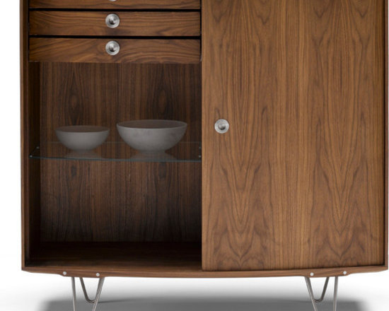 DM1780-90 Luxury Walnut Highboard - The Danes created a whole genre in the mid-twentieth century. These solid wood highboards hark back to that period. Impressive to look at, charming in its detail, astonishing in its craftsmanship - all the things the Danes do very well.