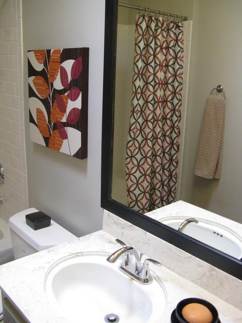 Geometric Pattern Bathroom modern
