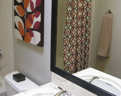 Geometric Pattern Bathroom modern-