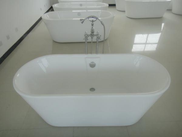 """Freestanding-03, 63"""" Acrylic Freestanding Soaking Tub traditional-bathtubs"""