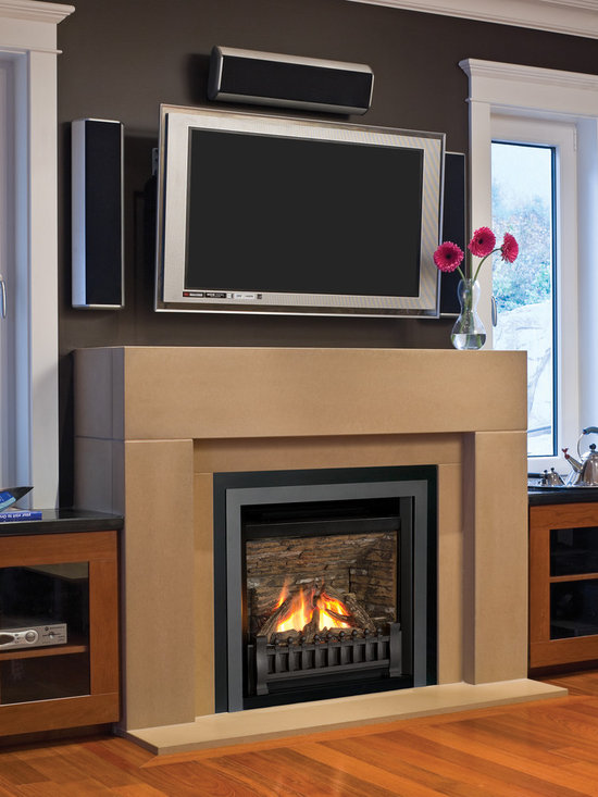 Horizon Series Fireplace - Horizon Clearview Front (645CFV), Ventana Fret (1225VFB) with Ledgestone Liner (622LSL). Shown with Solus Decor Concrete finishing.