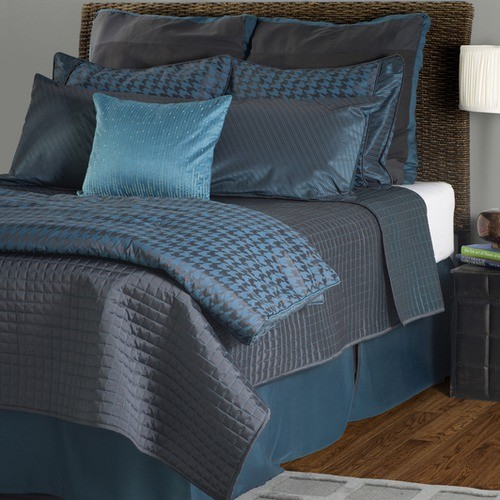 London comforter set in charcoal peacock moderne for Parure de lit moderne