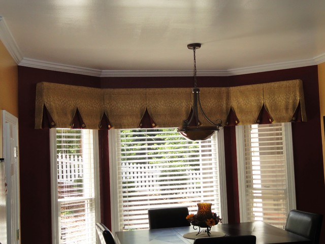 Bay window valance contemporary kitchen charlotte by ludmila 39 s custom curtains - Modern valances for kitchen ...