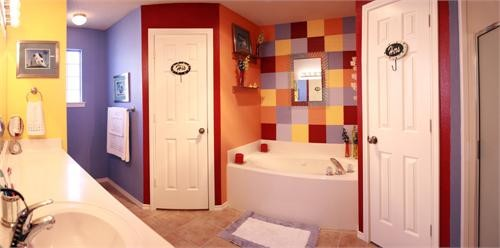 His & Hers Kiddie Bath 1 of 2 eclectic