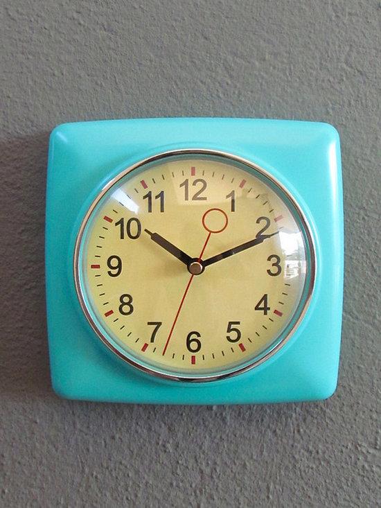 Retro Wall Clock, Mint -