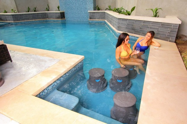 Swim Up Bar Pool Seats Liquidseat Modern Hot Tub And