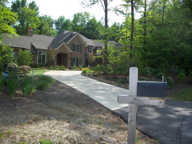 Revived curb appeal traditional-landscape