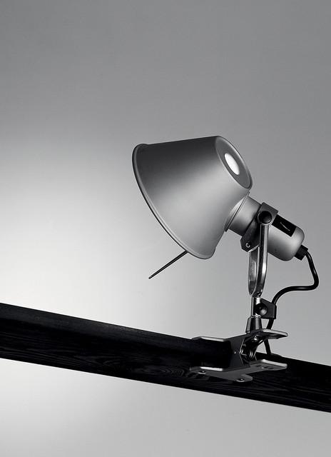 Tolomeo clip spot, design by Michele De Lucchi, Giancarlo Fassina - 1995, 2012 modern-desk-lamps
