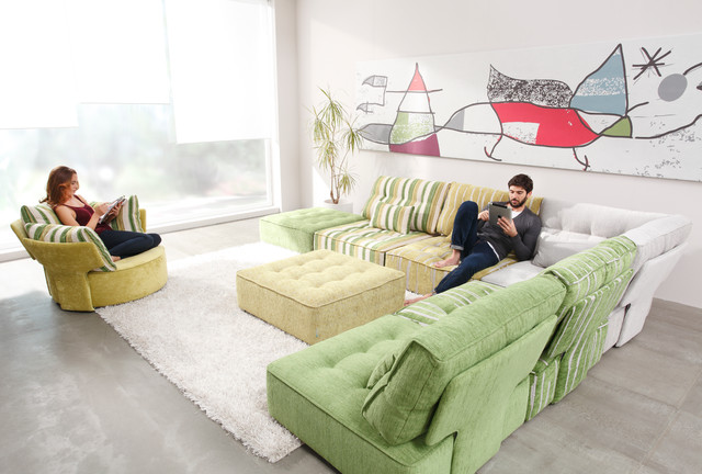 arianne love from fama living modern sectional sofas
