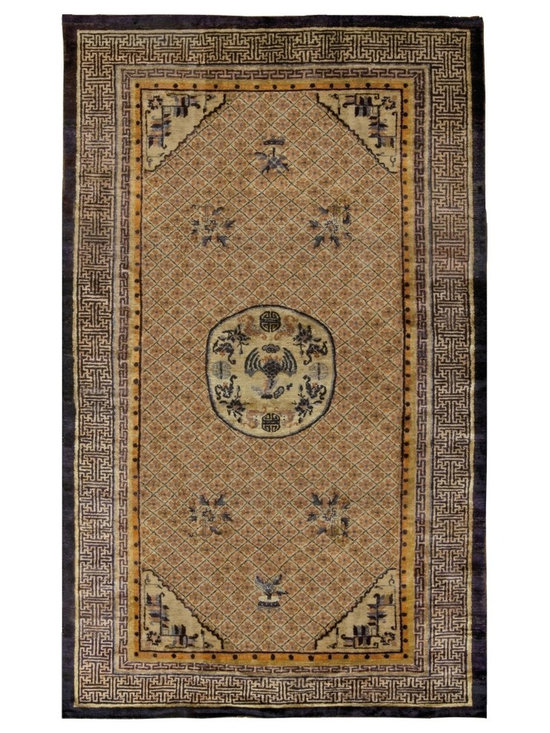 Timeless Chinese Rugs - A Chinese Silk Rug BB5240