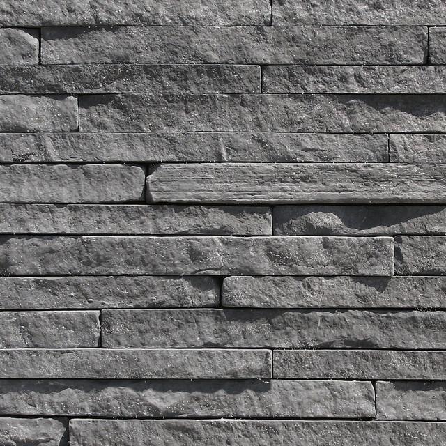 Modern Stone Veneer : Coronado strip stone color black forest veneer
