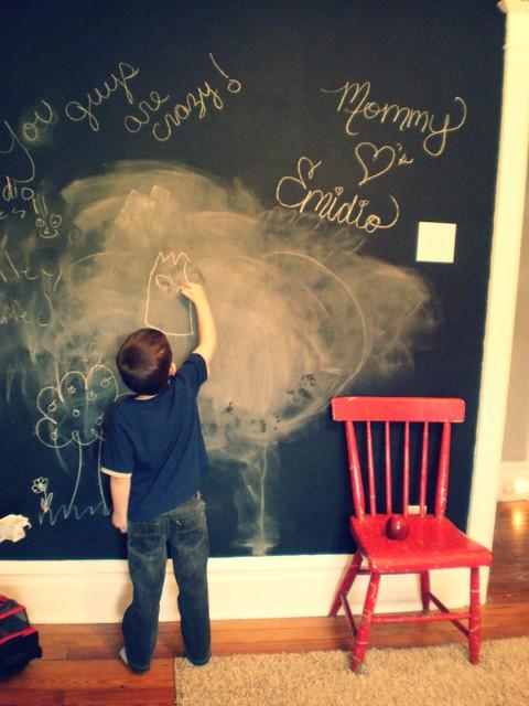 Emidio's Room traditional-kids