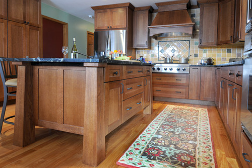 Mission and rustic mix kitchen island and cabinet help - Arts and crafts kitchen design ideas ...