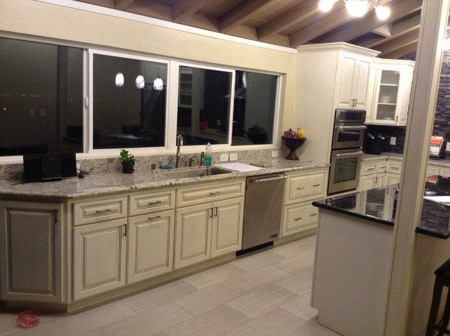Bill - Hayward traditional-kitchen-cabinetry