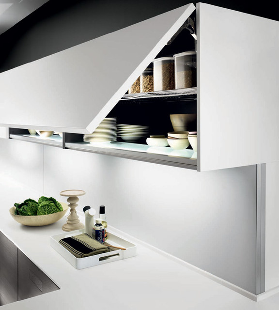 Italian Kitchen Cabinet Organization and Close-up Images - Modern ...