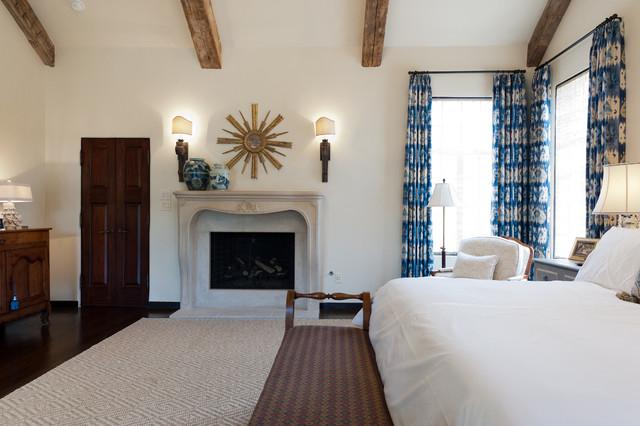 Elegant Area Rug Master Bedroom - Contemporary - Rugs ...