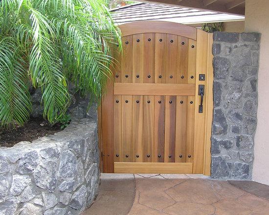 Hacienda Wood Gates -