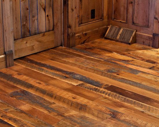 Barnboard Oak Floor - Reclaimed Barnboard Oak Flooring