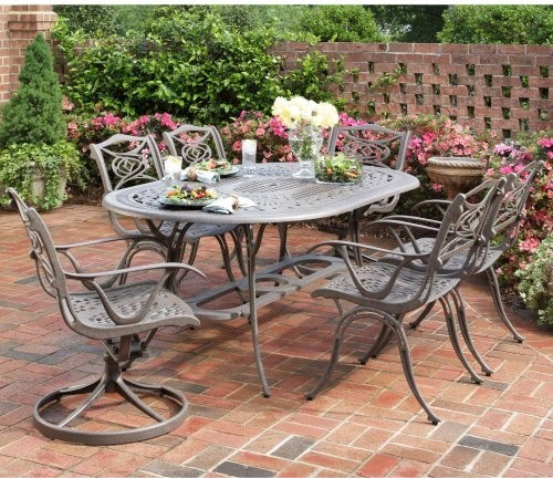 Blend Together Traditional Seating Arrangements With The
