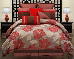 Hallmart Collectibles Joslin Comforter Set traditional bedding