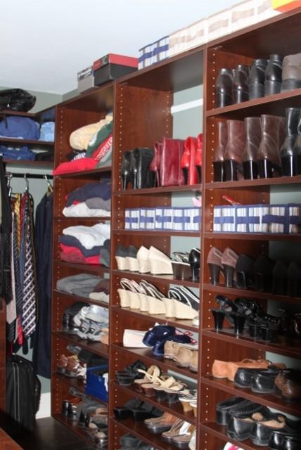 Wales Golf Course Home mediterranean-closet