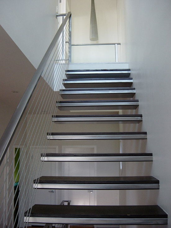 19th Street - Floating staircase and railings with hardwood treads