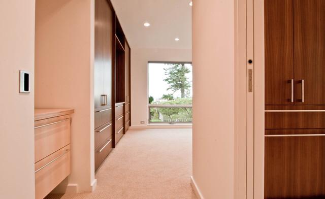 Innis Arden Remodel modern-closet