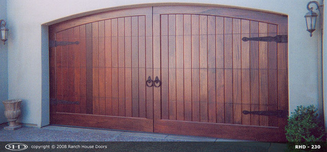 Ranch house doors product overview for Ranch house garage doors