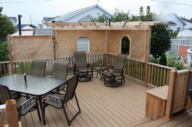 Patio Deck-Art Design® traditional-deck