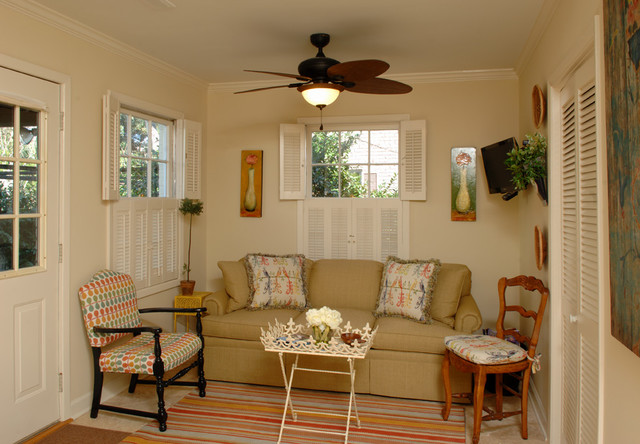 Kitchen Remodels traditional-family-room