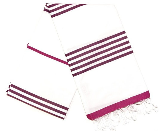Ocean Turkish Bath Towel - Fuchsia/Purple - Absorbs water fast and dries quickly, this traditional Turkish towel takes up less space than a standard towel and is a great alternative in the bathroom. From yoga classes to beach sports to baby care, this cotton towel is also perfect as a light weight throw for many uses.