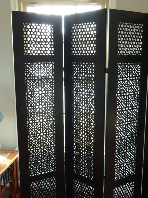 Moroccan-style room divider