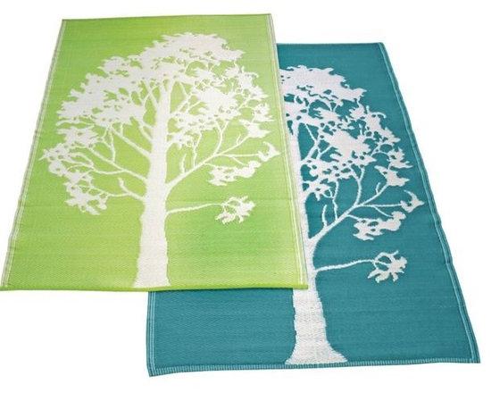 Tree Design Outdoor Plastic Rug - The Tree Design outdoor plastic rug adds a splash of color to the outdoor room.