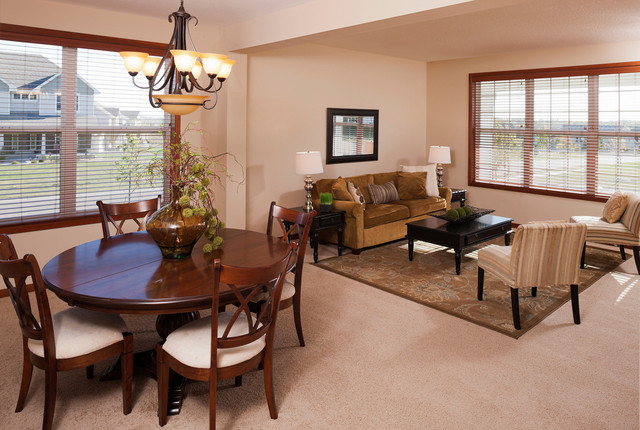 Home Staging traditional-dining-room