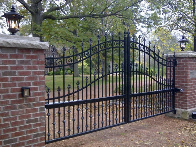 Driveway gates traditional home fencing and gates toronto by p