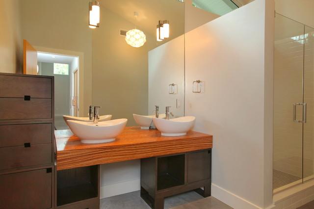 Brywill midcentury-bathroom