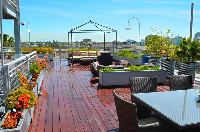 Rooftop Retreat modern-patio