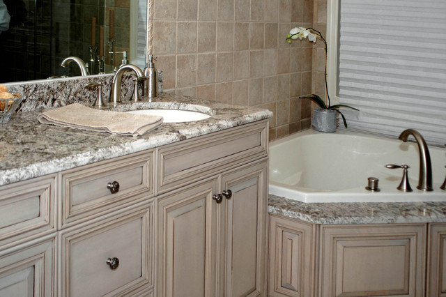 Bathrooms traditional-kitchen